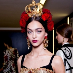 1-1411399775-dolce-gabbana-the-best-beauty-at-milan-beauty-trends-red-online__square